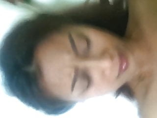 Asian Tits porno: Thai Bargirl