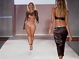 Incredible ass on the catwalk