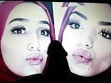 Hijabi sisters cum tribute