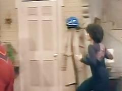 Adrianne Barbeau springende Brüste