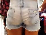 Candid voyeur brazilian teen beautiful with bubble booty