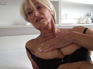 非常熱的老奶奶