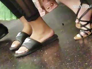 uppriktiga söta indiska fötter