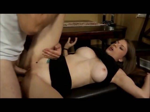 Девушки мастурбируют себе смотря на порнуху