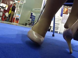 Pantyhose Sexy Sexy Feet video: Sexy Feet in Pantyhose & Pumps