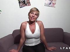Französisch MILF Amateur Casting Fuckee Faust und Sodomisee