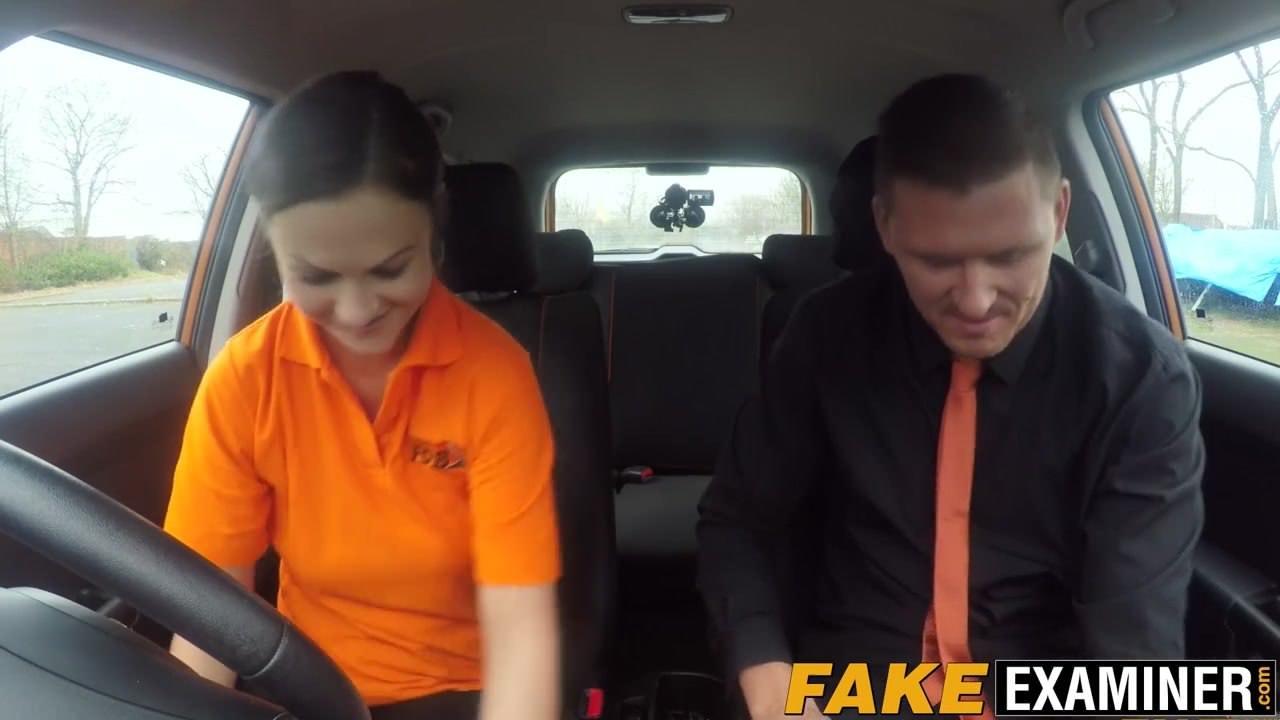 Секс в колготках секретарши видео
