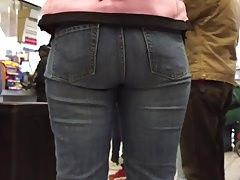 Tall Ebony Ass in Jeans