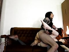 Wet Sugary-sweet Meatpipe Gobbling Honeypot On Maid Hump Doll