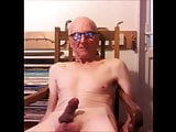 Older Brit wanker SS