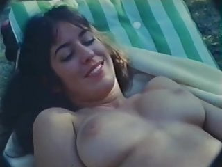 Vintage Voyeur Blowjob video: Bubblegum (1982)