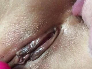 Asian Japanese Milf video: Japanese wife pussy close-up