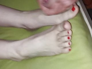 Foot Fetish Teen Footjob video: cum on feet