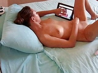 Softcore Mature Wife video: Wife rubbing pussy while watching porn