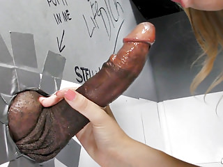 porno zadarmo - Riley Reyes First Time BBC Anal - Gloryhole