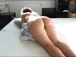 Spanking Slave Whipping video: a women caned!