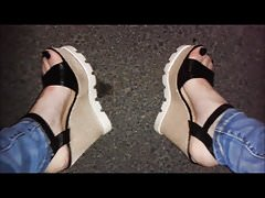 Plattformkeile und meine sexy Füße
