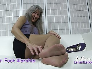 Milfs Amateur movie: Nylon Foot Worship TRAILER