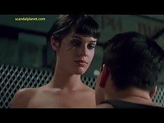 Rebecca Romijn Nacktszene im Rollerball ScandalPlanet.Com