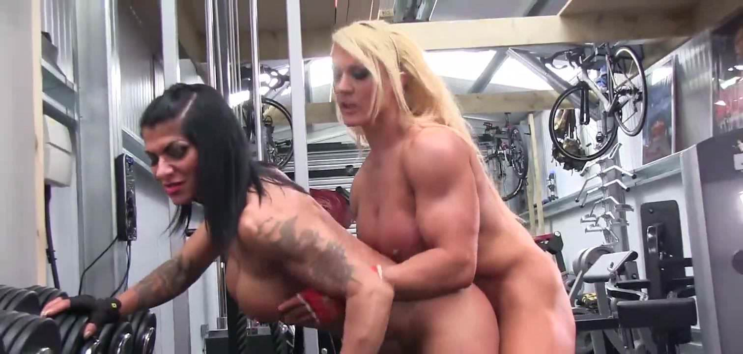 Lesbian,HD Videos,Big Clits,Muscular Women