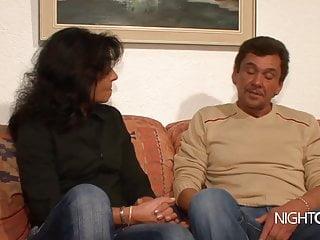 Vintage Milf Hd Videos video: Retro Porno Nachbar fickt die Notgeile MILF