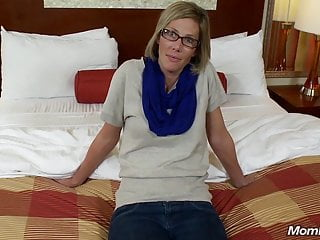 Amateur Facials Milf video: Med Student Amateur Milf Fucked for Tuition POV