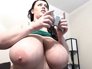 Girl Big Natural Tits Gamer video: Gamer girl LC