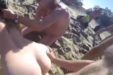 Jebacina na plazi