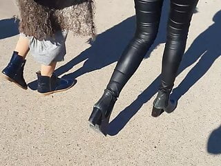 Voyeur Flashing Teen video: Leather pants teen'ass, very tight and skinny fit
