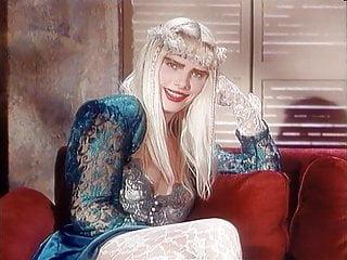 Anal Hairy porno: Moana Pozzi & Cicciolina - Rise of the Roman Empress