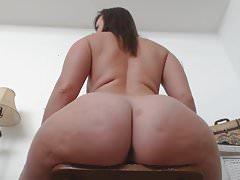 Dildo Virgo Booty Bounce