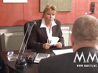mmv電影德國成熟與她的陰部支付