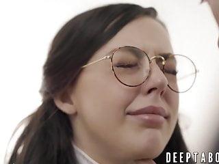 Facial Babe Cumshot video: Nerdy cutie Whitney Wright pussy screwed by Derrick Pierce