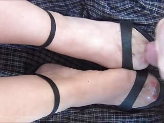 Stockings Foot Fetish xxx: Wanking onto her Tan RHT Stockings and Heels