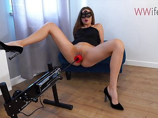 Squirting Gaping Double Penetration video: Fisting Machine