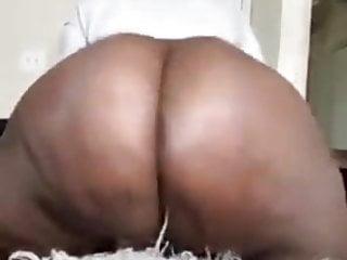 Bbw twerking