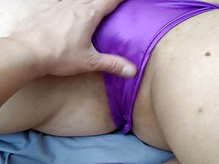 Girl Spouse Lexi Spreading Her Cunt To Get Fingered