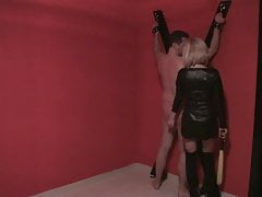 Psycho lady Isa gets crazy in dungeon with slave Joschi