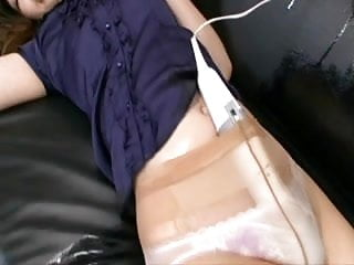 Japanese women hands free vibrator orgasm