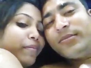 Bangladeshi School girl Hottie's Private Video Leaked