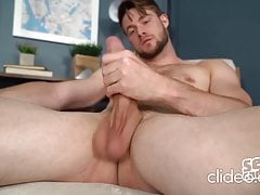 Sexy n Hot lad Kody big cock solo jerkin n cumin