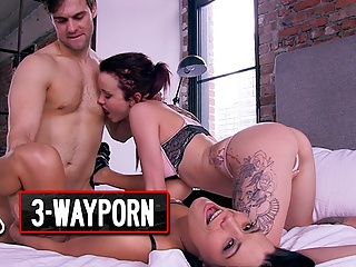 3 insanely hot 3some sex with sexy people...