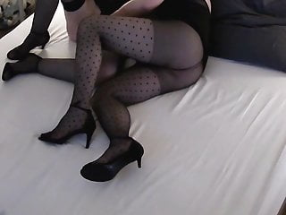 pantyhose & stockings clip