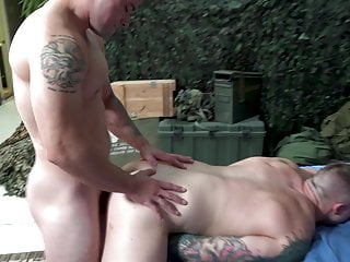 ActiveDuty – Princeton Gives It Raw To Muscled Army Hunk