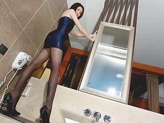 Asian babes no porn photoshoot...