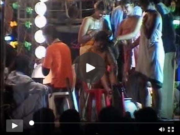 आंध्र प्रदेश भारत में बेशर्म नृत्य मंडली