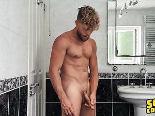 Hot man jake surf masturbates shower sean cody...