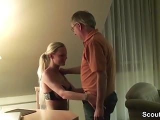 Enkelin und opa nackt