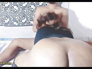 BEAUTIFUL SRI LANKAN GIRL HAS SEX IN SASHIVIND