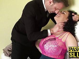 Anastasia Lux ama farsi scopare duro e succhiare un grosso cazzo